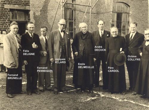 Nous conservons de lui la photo 1 prise en juin 1951, un an avant son décès, lors d'une fancy-fair organisée au profit de l'école gardienne paroissiale.
