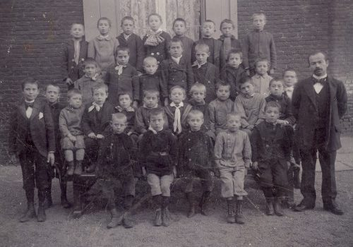 Orcq .be - Photos de classe d'Orcq - école des garçons 1904