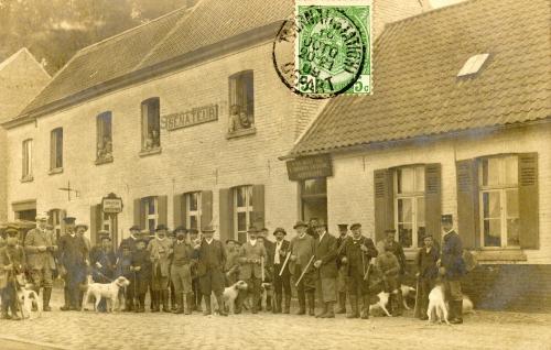 FROYENNES - Le Sénateur, chaussée de Lannoy - W.H. Bruxelles - Oblitération 10 1909 - Coordonnées GPS • Nord : 50 37 08 • Est : 3 21 40