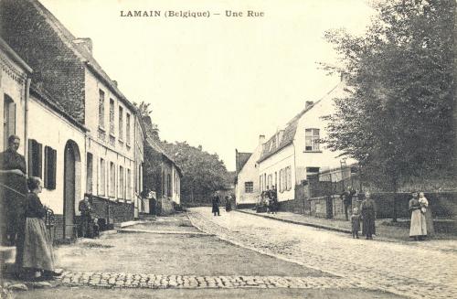 LAMAIN - la Place - Accary photo Baisieux - oblitération 23 7 1908 - GPS • Nord : 50 35 53 • Est : 3 17 33