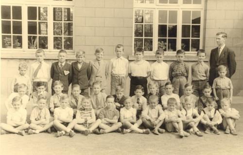 Orcq école communale des garçons, classe unique 1954 1955