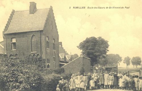 RUMILLIES - école des soeurs de Saint-Vincent de Paul - obiltération 1919 - Coordonnées GPS • Nord : 50 37 16 • Est : 3 26 13