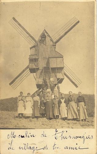 THIMOUGIES - le moulin - photo-carte - Coordonnées GPS • Nord : 50 37 58 • Est : 3 30 55