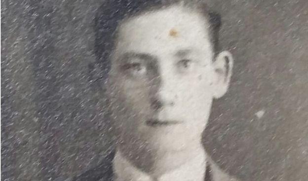 Orcq.be - Soldat John Barber faisait partie des huit soldats de Black Watch décédés à Orcq