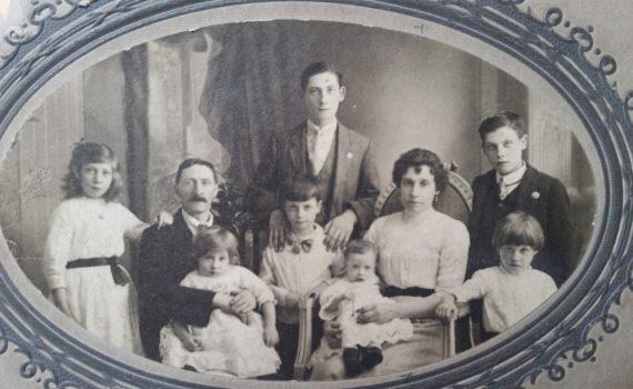 Orcq.be - Quelques nouvelles des familles des Britanniques tombés à Orcq